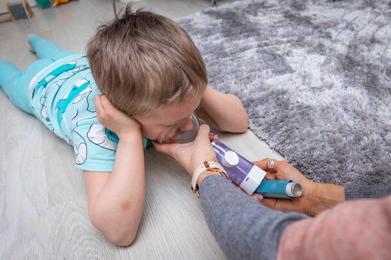 poika ja astmapiippu