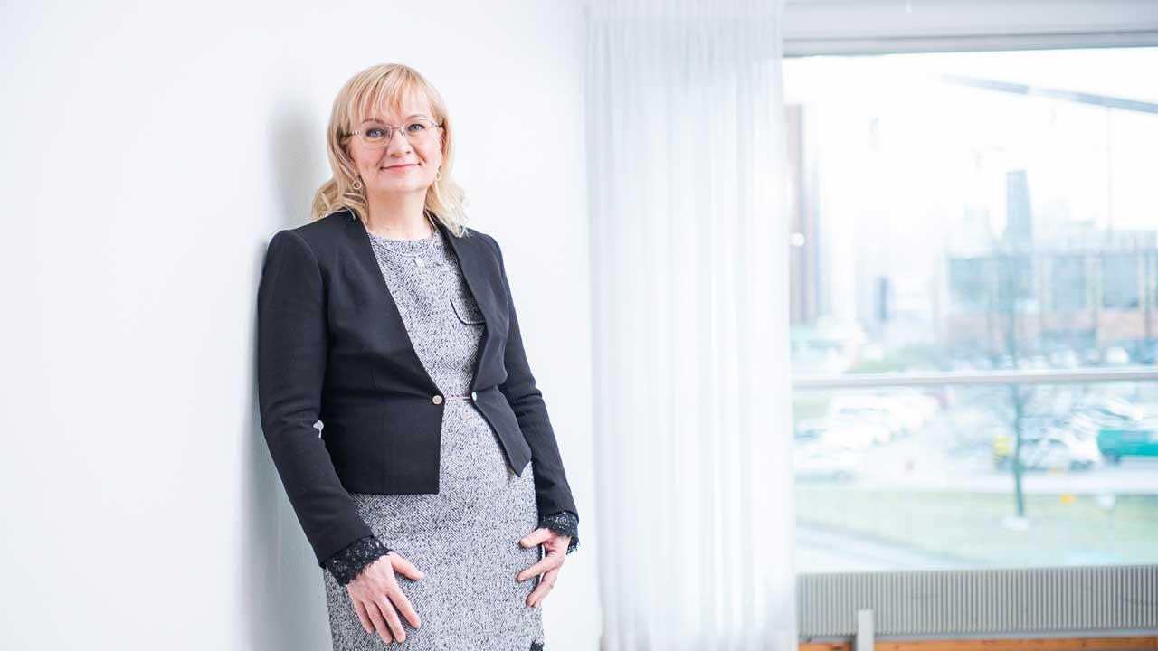 JHL:s ordförande Päivi Niemi-Laine