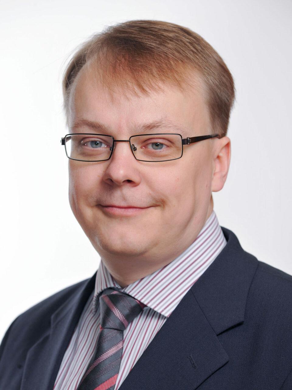 lakimies Keijo Tarnanen